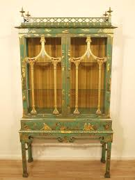 Curio Display Cabinets Uk 354 Best Curio Cabinets Images On Pinterest Antique