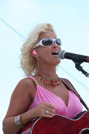 lorrie morgan hairsyyles lorrie morgan plays and sings for her fans at the hooked on music
