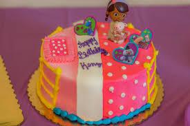 doc mcstuffins cake ideas doc mcstuffins party ideas pink and purple doc mcstuffins party