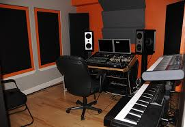 small music studio how to choose good music recording studio for your talent