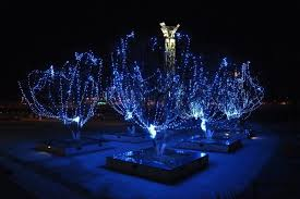 christmas tree solar lights outdoors solar powered christmas tree lights outdoor rainforest islands ferry