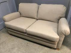 refection canapé réfection d un petit canapé 2 places atelier bacchetta réfection