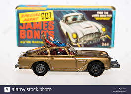 old aston martin james bond corgi model car james bond 007 aston martin db5 with original box
