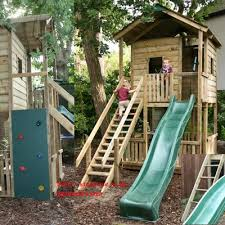 Backyard Forts For Kids Tree House I Like The Stairs Hand Rail And The Slide To Go Down