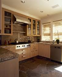 what flooring goes with honey oak cabinets honey oak cabinets photos 12 of 24