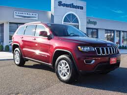 red jeep cherokee 2018 velvet red pearl coat jeep grand cherokee suvs militarynews com