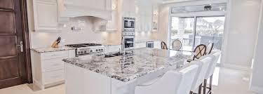 cuisine blanche classique la strasse armoires de cuisine classique ateliers jacob
