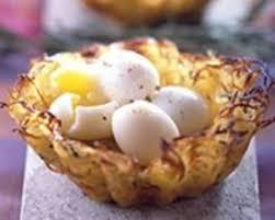 cuisiner oeufs nids de pommes de terre aux oeufs de caille cuisine az