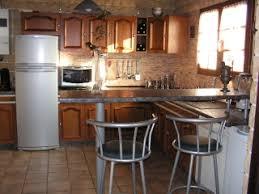 faience cuisine rustique maison vieillote à rajeunir choix des couleurs
