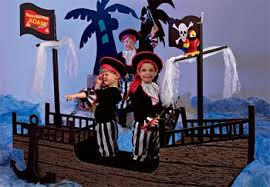 pirate theme party not exactly but something simple like this with props for photo