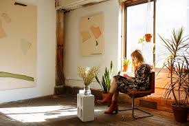 hannah metz at home in brooklyn the selby