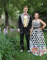 prom dresses in omaha nebraska lincoln win 20 000 for prom dress tux out of duct