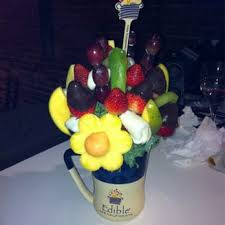 fruit arrangements nyc edible arrangements 13 reviews florists 94 hshire st