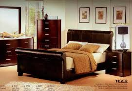 Contemporary Wood Bedroom Furniture Dark Cherry Finish Modern Bedroom W Bycast Bed U0026 Options