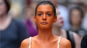 Spray Tan That Lasts A Month How To Apply Self Tanner Without Streaks Or Blotches Glamour