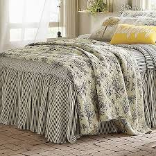 Oversized King Comforters And Quilts Best 25 Oversized King Comforter Ideas On Pinterest King