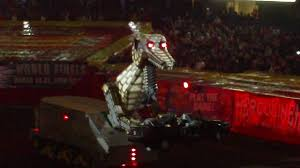 monster truck show in va megasaurus fire breathing robot monster jam chicago 2010 youtube