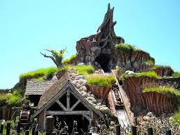 what song is playing in the background at the halloween party over the garden wall splash mountain wikipedia
