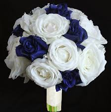 white and blue roses touch open white and blue roses bouquet