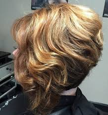 how to stlye a stacked bob with wavy hair hair style fashion
