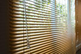 Schlafzimmer Fenster Abdunkeln Plissees Und Rollos U2013 Wo Liegen Die Unterschiede
