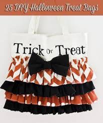 trick or treat bags 14 diy trick or treat bags totes