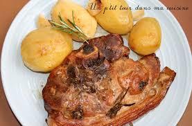 cuisiner la palette de porc p morceau de porc confit 4 heures et pommes de terre nouvelles