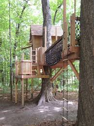 Backyard Play Structure by Best 25 Treehouse Kids Ideas On Pinterest Treehouses For Kids