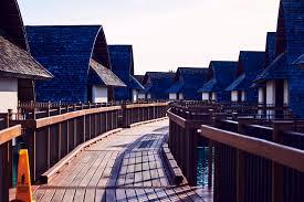 sonny vandevelde new marriott resort momi bay fiji