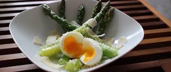cuisine asperges vertes asperges vertes œuf mollet parmesan my beautiful dinner