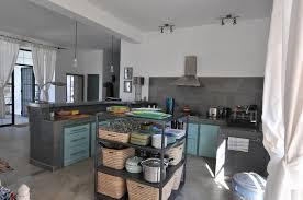 lave linge dans la cuisine cuisine toute équipée arrière cuisine avec four lave linge