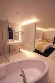 salle de bain ouverte sur chambre comment ouvrir sa salle de bains sur la chambre espaces