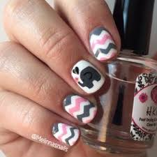 super super cute nail art elephants are my favorite animal ever