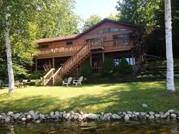 Family Vacation Rental Homes The Hydeaway At Sunrise Lake Large Lakefront Homeaway Le Roy