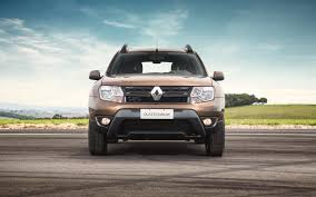 renault duster 2019 comparison jeep compass high altitude 2017 vs renault duster