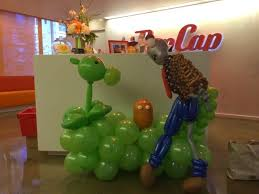 seattle balloon delivery plant vs balloon delivery popcap seattle balloon