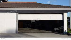 How To Frame A Door Opening by How To Frame A Garage Door Opening Video Wageuzi