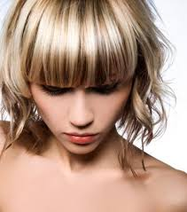 blonde hair with chunky highlights chunky highlights hairstyles pictures lovetoknow