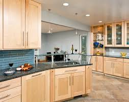 Kitchen Pictures With Maple Cabinets Kitchen Design Ideas Light Maple Cabinets Video And Photos