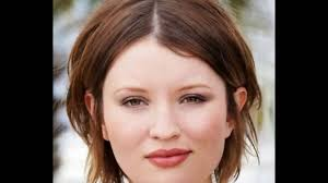 Medium Short Haircuts For Women 30 Medium Short Hairstyles For Thicker Hair With Layers Medium