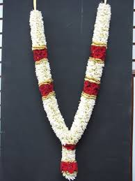 garland for indian wedding tuberose garlands garlands alandur chennai flower factory