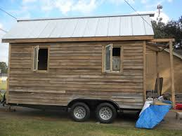 the roof tiny sip house