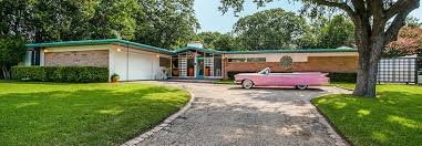 amazing 1950s time capsule house in dallas could be yours