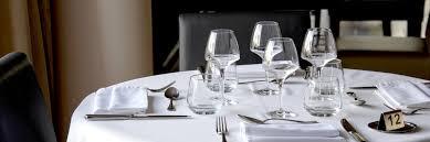 baisee dans sa cuisine restaurant logis hôtel la ferme de flaran restaurant valence sur baise