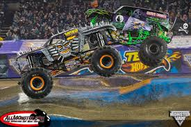 monster jam monster trucks a look back at the monster jam fox sports 1 championship series