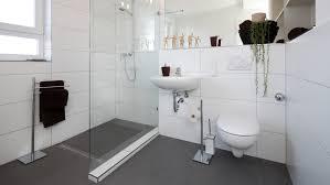 barrierefrei badezimmer barrierearm und altersgerecht umbauen mit der kfw
