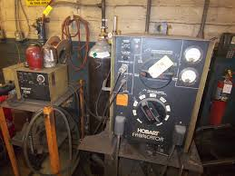 hobart fabricator approximately 250 amp mig welder with hobart