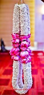flower garland for indian wedding indian wedding garland wedding flowers wedding