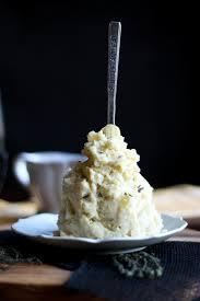 thanksgiving mashed potatoes and gravy vegan thyme cabernet gravy the vegan 8