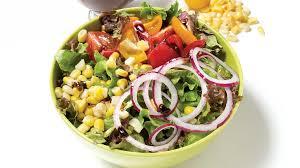 cuisiner la salade verte salade verte au maïs et aux tomates